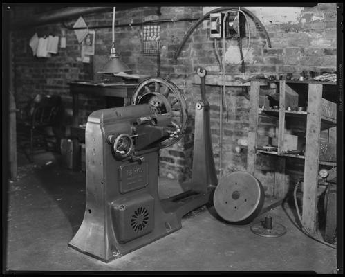 C.C.C. Garage (Wheel-Run Service: construction, garage/station)