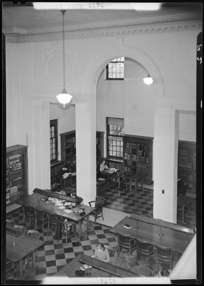 Reference Room, University of Kentucky Library (1939 Kentuckian); in use