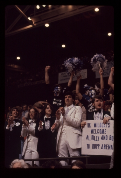 UK vs. LSU: Fans in tuxes with