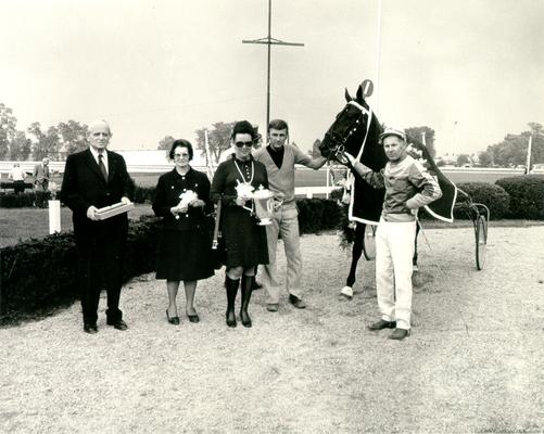Horses; Harness Racing; Winner's Circle; Super Bowl and owners in the Winner's Circle, 1972