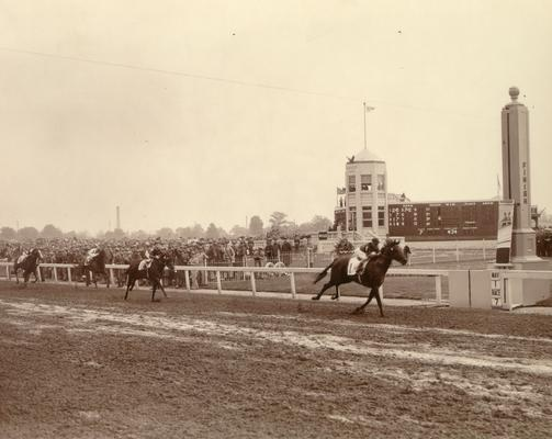 Horses; Thoroughbred Racing; Churchill Downs; Brown and white photo of 1948 Derby