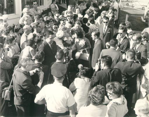 Johnson, Lyndon B. and Ladybird; LBJ and Ladybird arrive in Kentucky