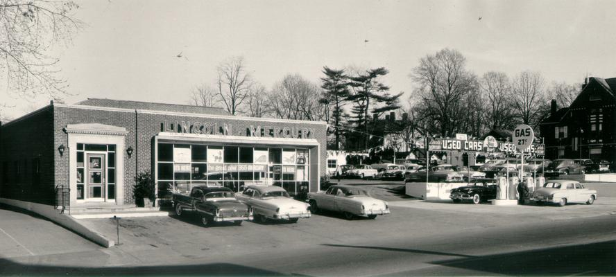 Lincoln; Mercury Car Dealership; A Lincoln-Mercury dealership in 1955
