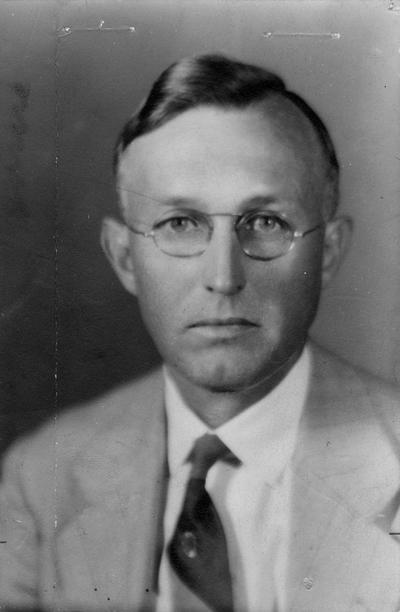 Downing, Harold Hardestry, born 1886, died 1967, Professor of Math and Astronomy 1910-1947, Head of Department of Mathematics 1947-1957, Head Tennis Coach, 1910 - [1960]