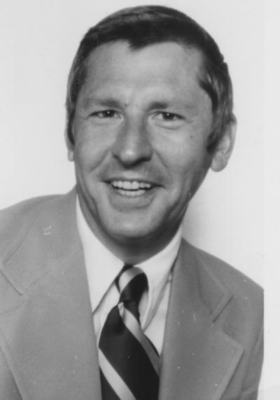 Farrar, Ronald, Director, University of Kentucky School of Journalism, University Information Services photograph