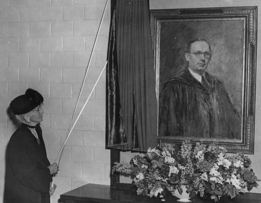 Funkhouser, William D., Professor of Zoology and Anthropology, Anthropology Department, Dean of Graduate School, Photo of portrait of Funkhouser unveiled by Mrs. Hugh Clark Funkhouser, mother of W. D. Funkhouser