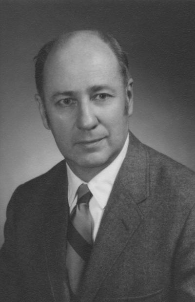 Gordon, Harold, Interim Director of Libraries