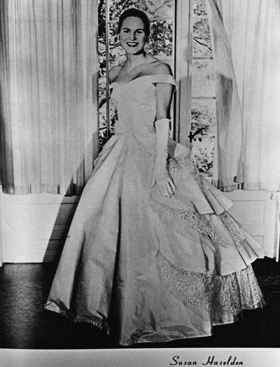 Haselden, Susan, Kentuckian Queen, Photograph from yearbook