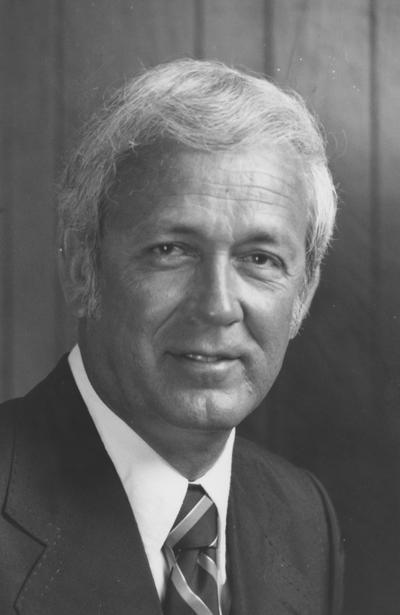 Hull, Dr. David, Member of Board of Trustees, 1977 - 1981