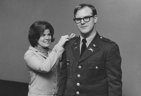 Moberley, Jr. Kirk B., 1971 graduate, from Public Relations Department