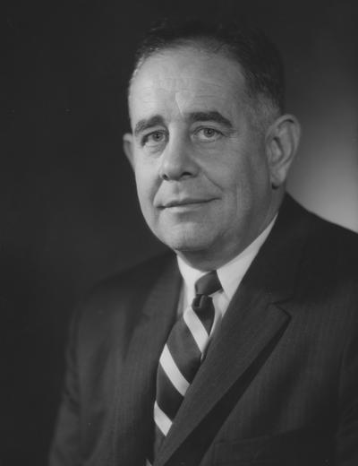Oswald, John W., President at the University of Kentucky 1963-1968, Photographer: Fabian Bacharach