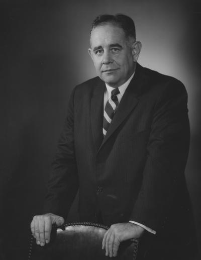 Oswald, John W., President at the University of Kentucky 1963-1968, Photographer: Fabian Bacharach