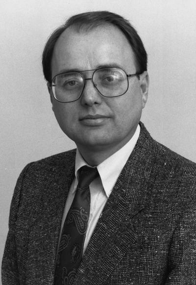 Birdwhistell, Terry, former University  Archivist; Director, University of Kentucky Public Policy Archives; and Director, University of Kentucky Oral History Program, Professor of Education