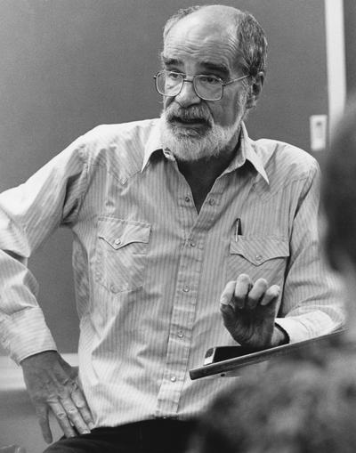Sadler, William, pictured teaching class at Ashland Community College, mass communication instructor, photograph by John Flavell, from Communi-K