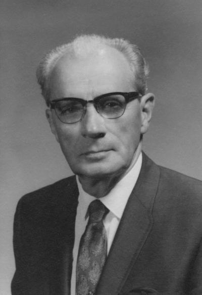Schwenderman, Joseph Raymond, Chairman and Professor of Geography