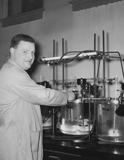 Sears, Paul Gregory, Professor of Chemistry, Y. S. Signal Corps Research Grant