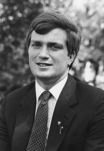 Shewmaker, Walter Allen, 1984 alumnus