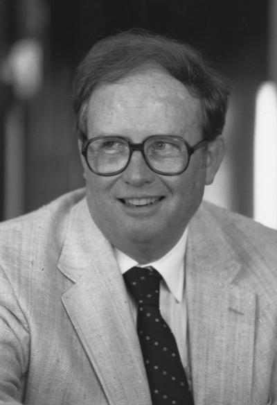 Wilhoit, Henry H. Jr., 1960 graduate of University of Kentucky law school; member of Board of Trustees 1988 - 1996