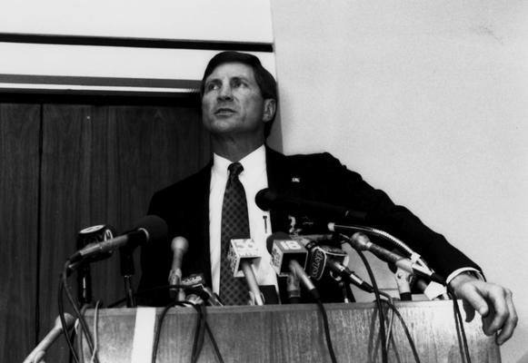 Curry, Bill, Head football coach, 1990 - 96