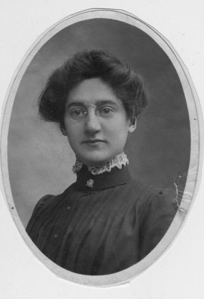 Richardson, (first name unknown, female), Faculty / Staff