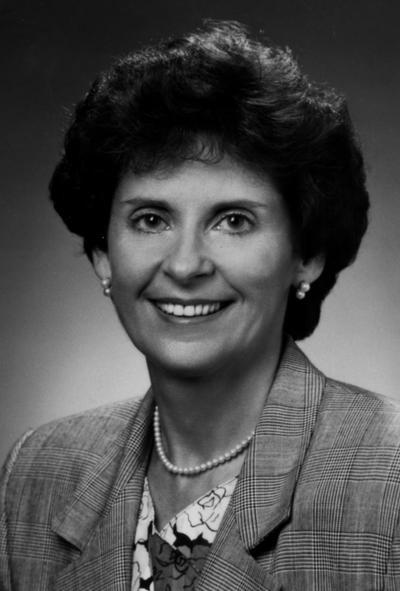 Zinser, Elisabeth, Chancellor of the Lexington Campus