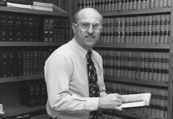 Jennings, Robert, Professor of Orthodontics in the College of Dentistry