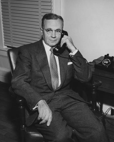 Carpenter, Cecil C., Professor, Economics, College of Commerce, Public Relations Department