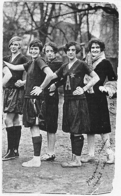 Carrol, Elizabeth (Betty), Alumna, pictured with unidentified group of women