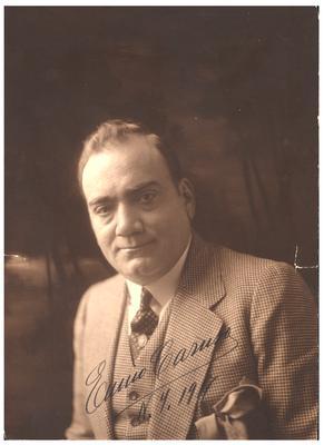 Portrait of Enrico Caruso, Italian opera singer. Hand written autograph