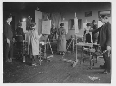 Students in an art class; Wirkliffe Moore at far right; Photographer: Young and Carl, Cincinnati, Ohio