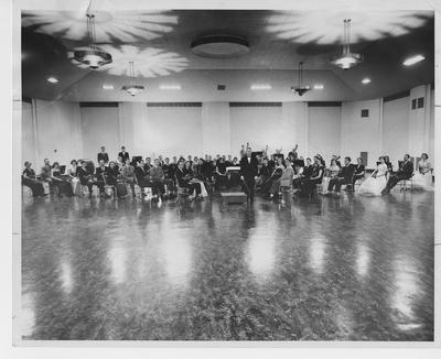 University of Kentucky Symphony Orchestra conducted by Edwin E. Stein; Lexington Herald - Leader staff photo