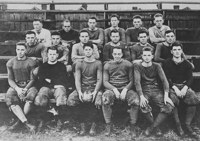 Football team photo, unidentified freshman members of the 1915 team; photographer:  Lexington Herald-Leader; photo appears on page 126 in the 1916 Kentuckian