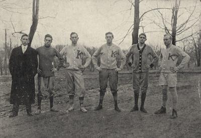 Unidentified members of the senior class basketball team. Photo appears on page 161 in the 1912 Kentuckian