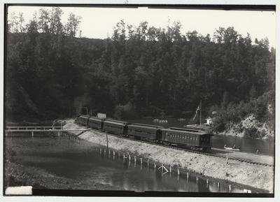 University of Kentucky military training during World War I.  Chesapeake and Ohio passenger train