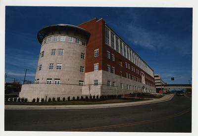 An exterior view of the Charles T. Wethington Health Sciences Building on the corner of Rose Street and Limestone.  The building was dedicated on February 21, 2003