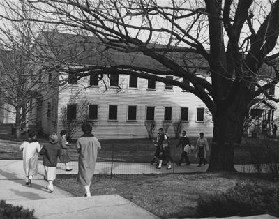 Barracks used as Social Sciences Building, in front of King Library. Photographer: W. E. Sutherland