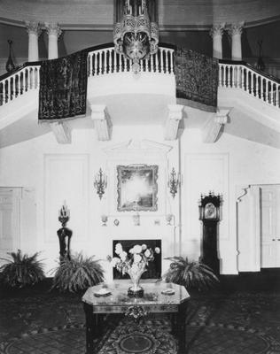 Front room in Spindletop Hall