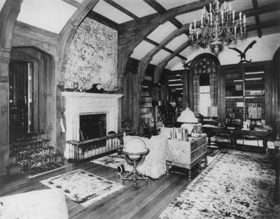 Library in Spindletop Hall