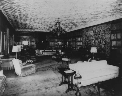 Ballroom in Spindletop Hall