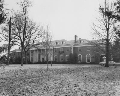 Front view of Spindletop Hall. Lexington Herald-Leader Photo