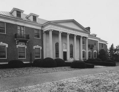 Front view of Spindletop Hall, showing main entrance. Lexington Herald-Leader Photo