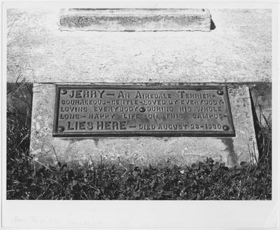 The tablet on the tombstone of Jerry, Dean F. Paul Anderson's dog