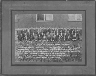 Practical Miners' Course; From left to right standing: Professor Norwood, O'Briant, Clutts, Bige, J. W. Clutts, Myers, Gaddis, Carter, Martin, Queener, Bailey, Arnold, Caudill, Mills, Cole, Green, Bowles, and Professor Barr; Middle Row: McGauley, John Frost, McBrayer, Creekmore, Blankenship, Bayes, Leeper, Adams, Farrell, Greech, Freeman, Maloy, Wells, Bowlin, and Melton; Front Row: Professor Easton, Cloern, Carpenter, Bullock, Frank Stafford, Volinsky, James Frost, Mercer, Hammond, Charles Stafford, and Professor Tashof