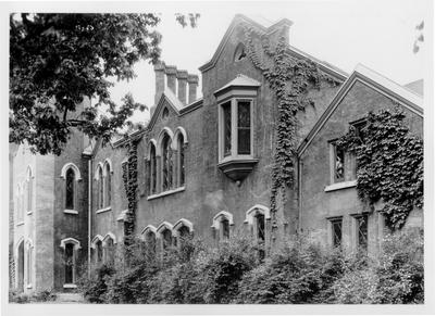 Loudoun House; designed or constructed in 1850 by John McMurtry