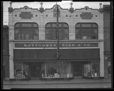 Montgomery Ward Company; exterior; 230-232 East Main