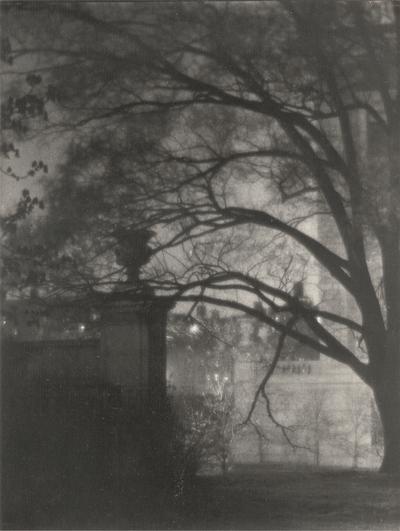 Cityscape; Doris Ulmann