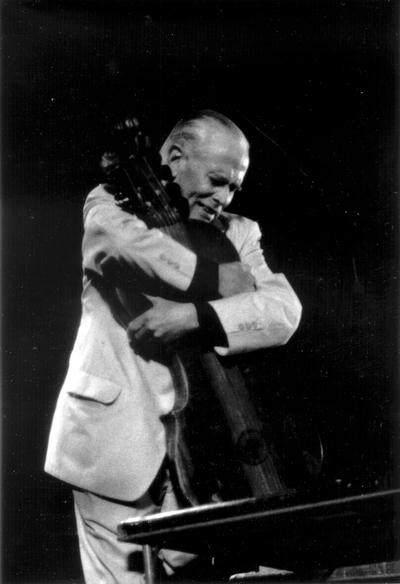 John Jacob Niles at the Newport, Rhode Island Folk Festival. New York. David Gahr