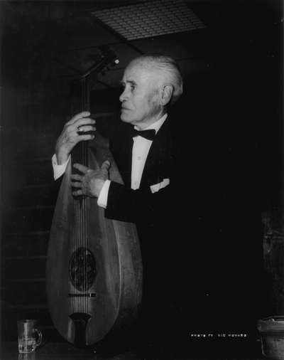 Performance by John Jacob Niles at Cumberland College; Cumberland, KY; Vic Howard