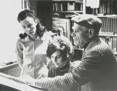 John Jacob Niles (far right) with Janelle Pope (center) and Jacqueline Roberts at Boot Hill Farm; Rehearsal; Helm Roberts