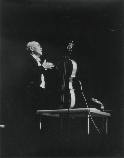 Performance by John Jacob Niles at Terre Haute, Indiana; Garlan Cooper